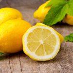 Ezért kellene mindig tartanod egy citromot az éjjeliszekrényeden