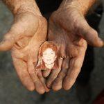 Felfoghatatlan tragédia: feleségét és két dédunokáját vesztette el a pusztító tűzben a férfi