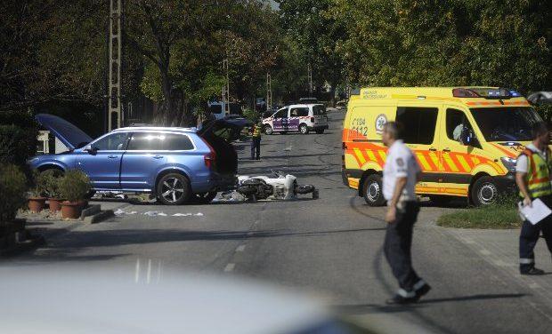 Megrázó fotó érkezett: autó alá szorulva halt meg egy ember Budapesten