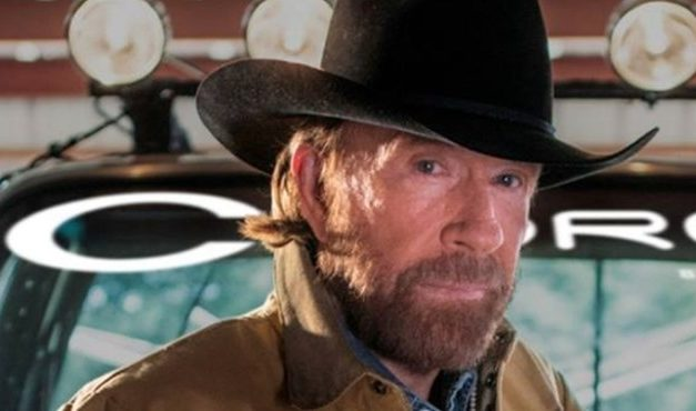 Magyarországra jön Chuck Norris