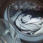 Ezt kell tenned, ha furcsa szagokat áraszt a mosógéped