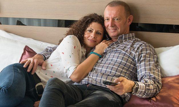 Egy mentőautóban volt az első randija Győrfi Pálnak és feleségének