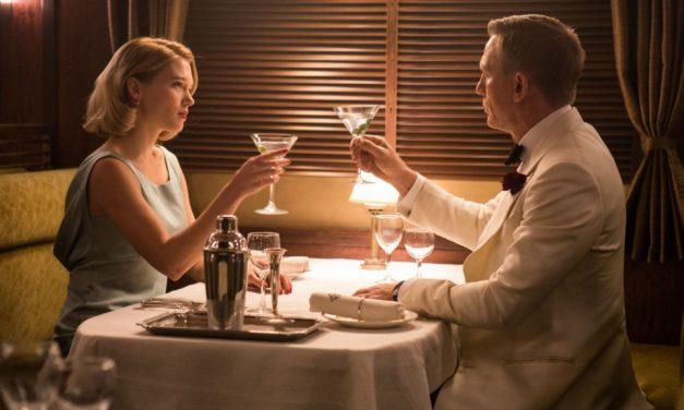 Nézzünk szembe a szomorú ténnyel: James Bond súlyos alkoholista