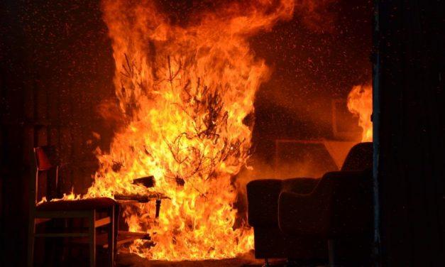 Tűz ütött ki egy tiszacsegei házban