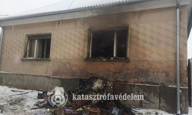 Holtestett találtak Oszkón egy kiégett házban
