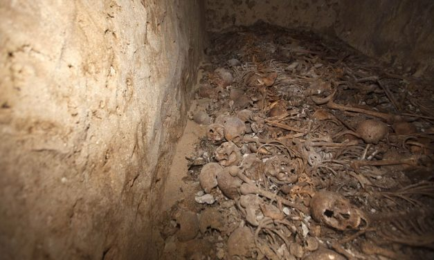 Újabb tömegsírra bukkantak a szíriai Abu-Kemál mellett