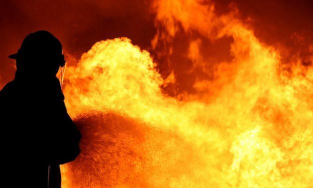 Tűz tombolt Mindszent mellett