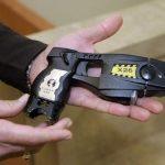 Minden olasz rendőr elektromos sokkolót is kap júniustól!