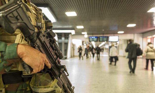 Lehet, hogy nem sokon múlott? Őrizetbe vettek egy férfit terrortámadás előkészítésének gyanújával