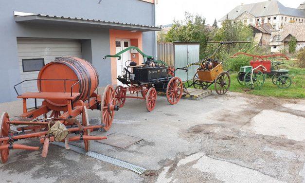 Jolsván történelmi tűzoltó készülékek birtokosai