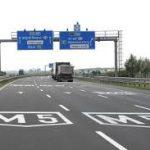 Balesetben meghalt egy motoros az M5-ös autópályán Csengele közelében