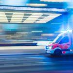 Agyvérzést kapott egy mentős, társa pedig eszméletét vesztette, mikor segítségére sietett