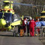 Mentőhelikopterrel vitték kórházba a súlyosan sérült autóst
