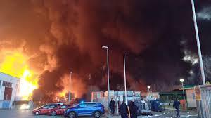 Tűz ütött ki egy vegyi üzemben Katalóniában