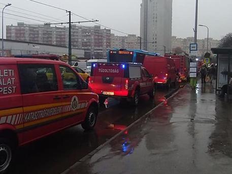 Megint öngyilkoshoz riaszthatták a mentőket
