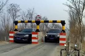 Brutális módszert vetettek be Kínában a gyorshajtás ellen