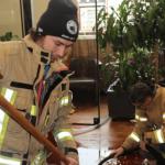 A tűzoltók csaknem 1300 liternyi bort mentettek meg – képek