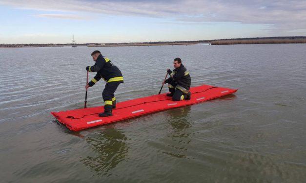 Vízből mentési gyakorlaton vettek részt a megyei tűzoltók