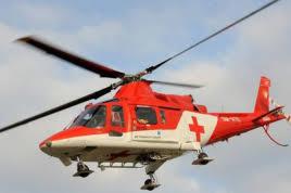 Hátulról leütött egy 8 éves fiút a fiatal férfi, a sérült gyereket mentőhelikopter vitte el