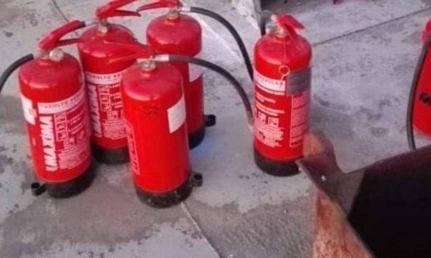 Kotróhajó égett a Dunán, szabadnapos újvárosi tűzoltó kezdte el oltani