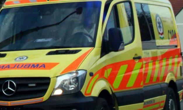 Halálos baleset a 85-ös főúton – két autó frontálisan ütközött Pinnyénél – teljes útzár
