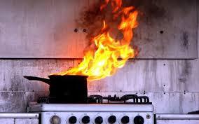 Tűzhelyen felejtett olaj égett egy ásotthalmi lakásban