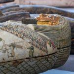 52 újabb szarkofágot és egy különleges templomot is felfedeztek az egyiptomi Szakkaránál
