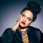 Az Irie Maffia énekesnője fürdőruhában is büszkén mutatja meg telt idomait