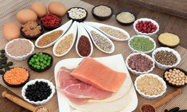 Így jelzi a szervezet a fehérjehiányt: 10 tünet a hajhullástól a zsírmájig