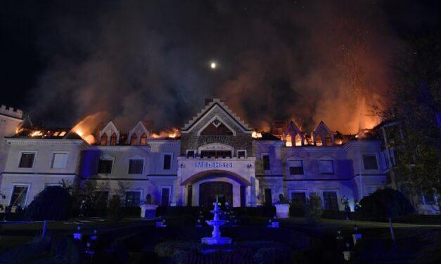 Kigyulladt a Borostyán Med Hotel: 85 embert kellett kimenekíteni