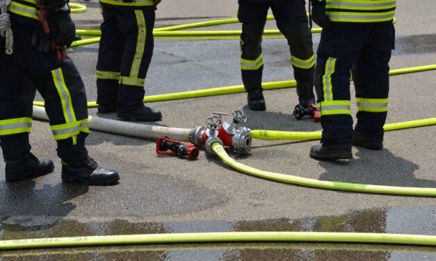 Erkélyről menekítették a tűzoltók egy idősotthon lakóit Kincsesbányán