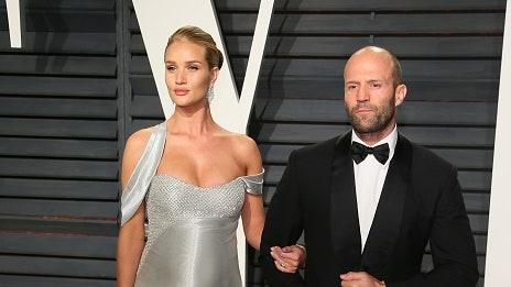 Bámulatosan szexi Jason Statham felesége fehérneműben – válogatás