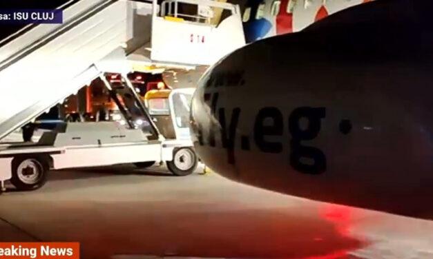 Kigyulladtak egy leszálló gép kerekei a kolozsvári repülőtéren (videó)